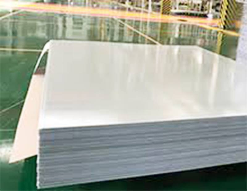 Diphenyl ether laminated glass cloth board