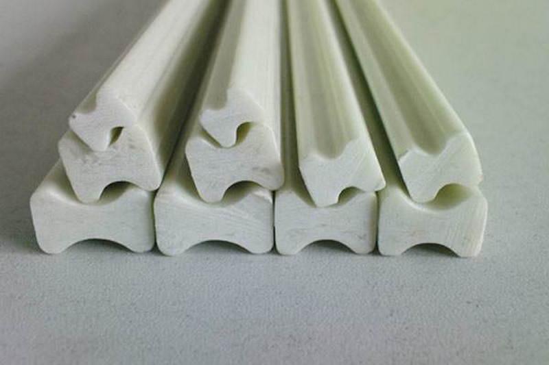 Polyester Fiberglass Dog Bone
